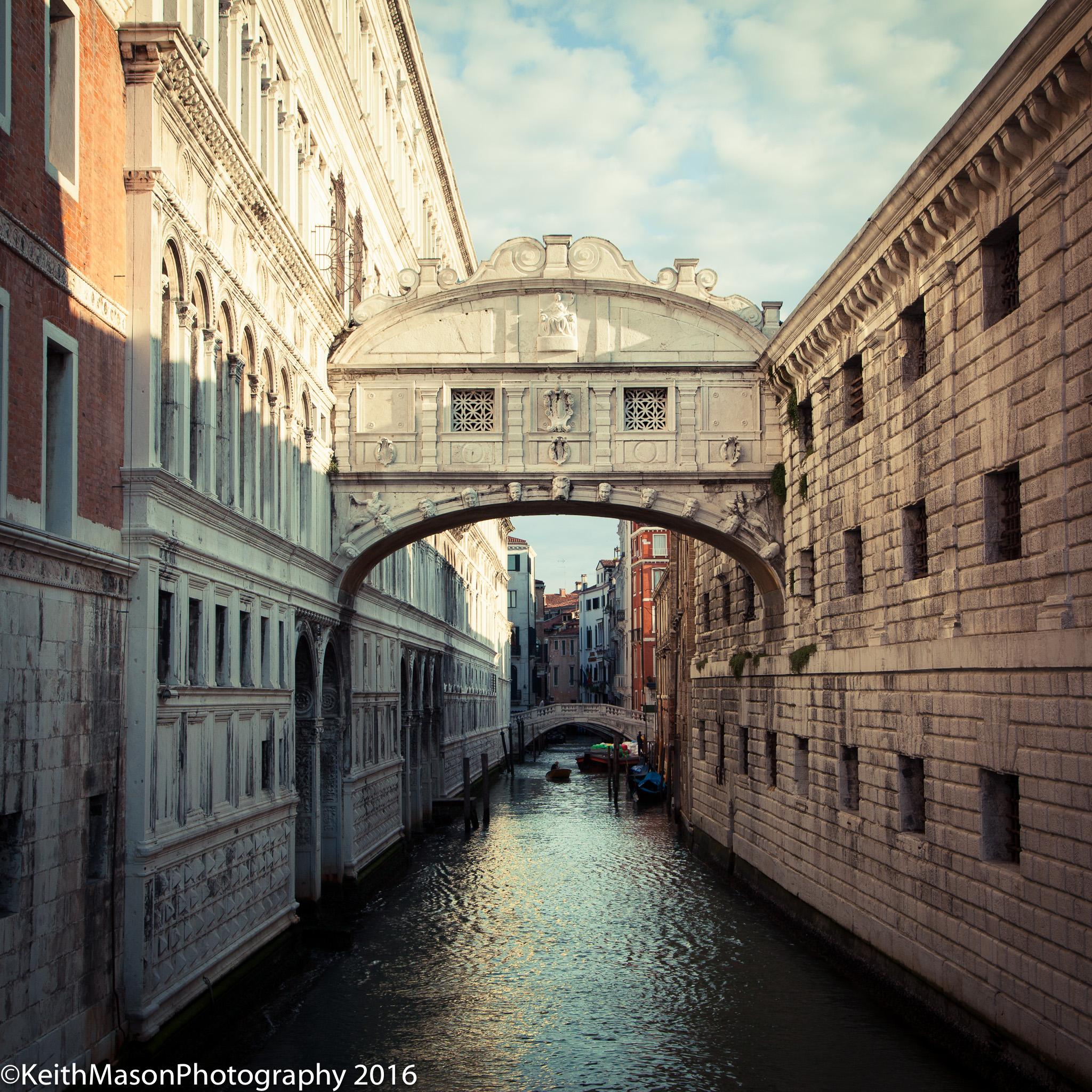 bridge-of-sighs-venice_26469280343_o