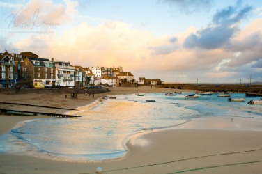 st-ives-harbour-sunset_15657573615_o